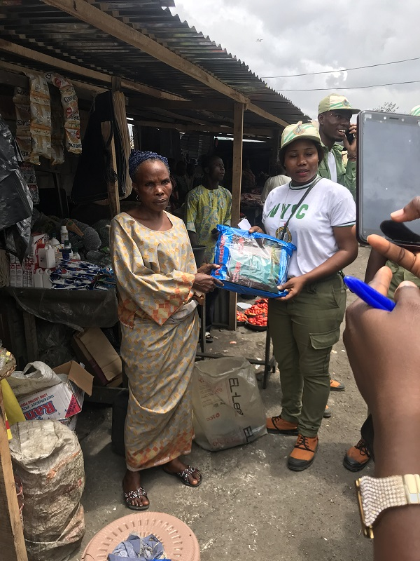 Corps Members Carry Out Charity CDS Project in Lagos